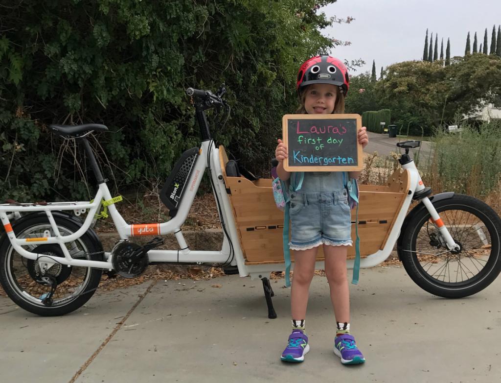 Carry kids to school by cargo bike